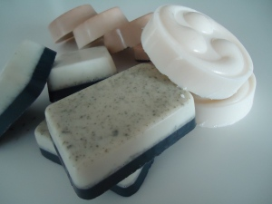 Au Naturel Essence - Goat's Milk M&P Soaps