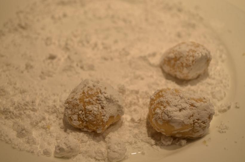 Lemon Crinkle Cookies Rolled in Icing Sugar